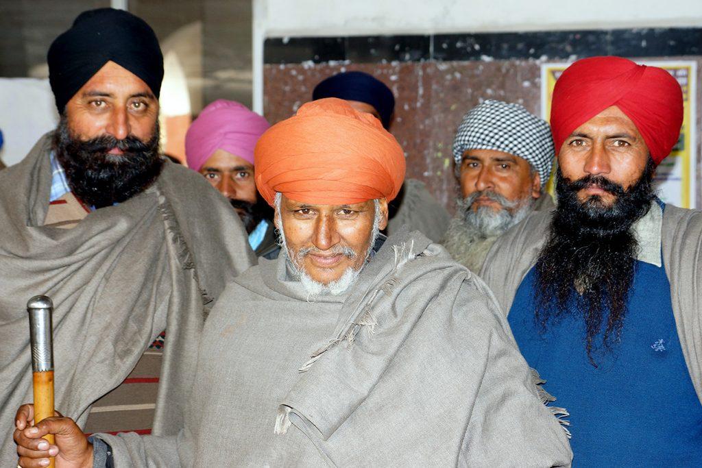 Amristar, ses Sikhs, son Temple d'or et sa proche frontière avec le Pakistan