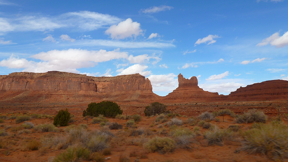 16 monument valley